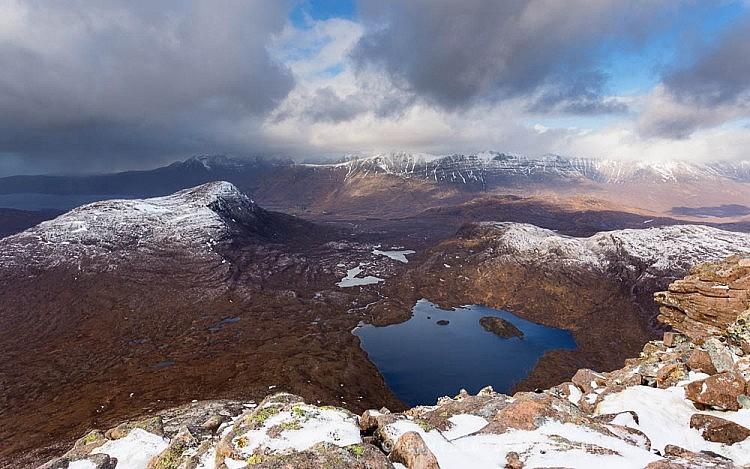 The vista from Maol Chean-dearg in winter: Beinn damh, Beinn Alligin and Liathach