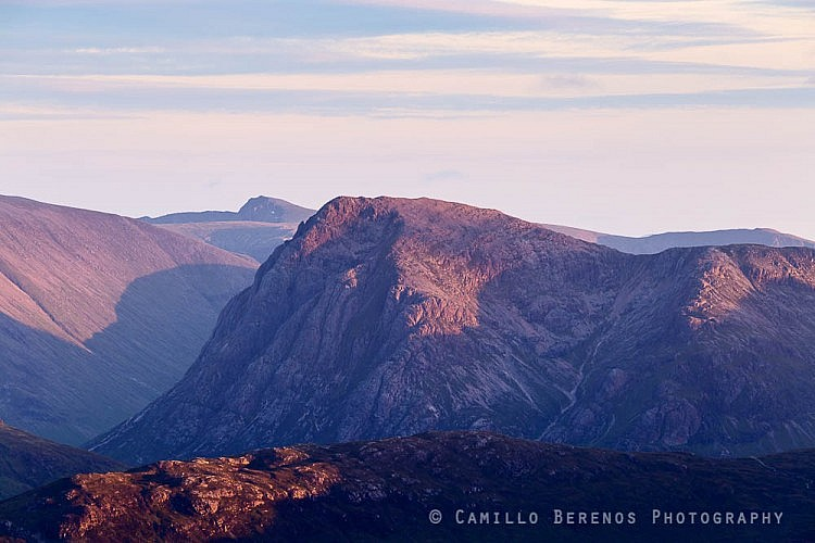 Stob Dearg (Buachaille Etive Mor) in glowing side light as the sun sets behind the Mamores, seen from Sgor Eilde Beag