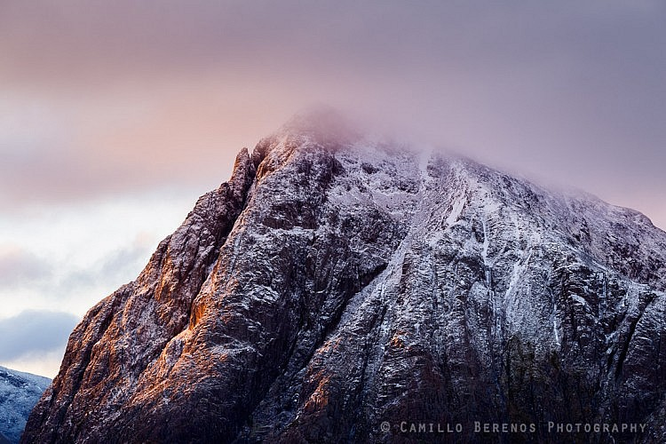 Stob Dearg sidelit by the early morning light