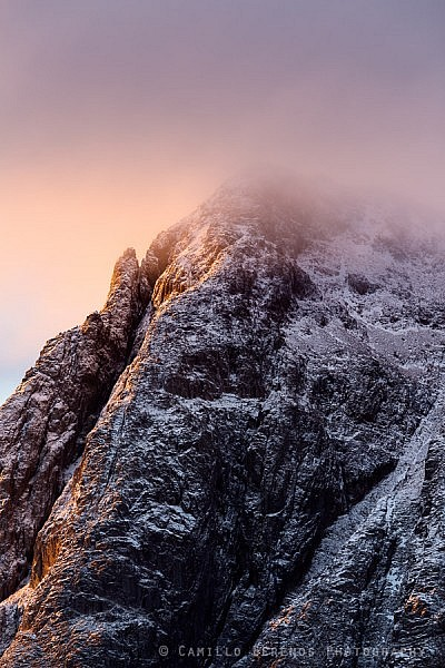Clouds shroud the summit of Stob Dearg (Buachaille Etive Mor) at sunrise